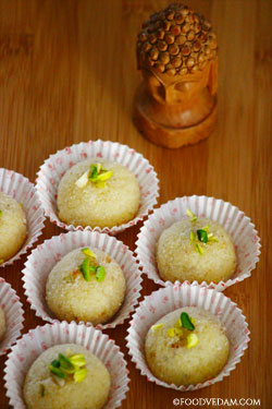 Rava laddu-how to prepare Suji ladoo recipe