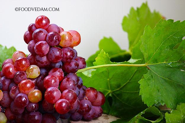 Farm fresh red grapes